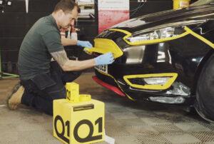 Cztery produkty maskujące do renowacji pojazdów, które zawsze powinny być pod ręką.